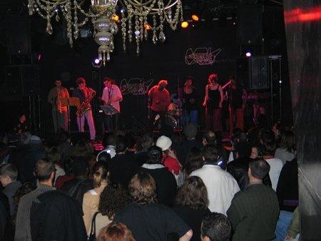Kyssi en concert au Nouveau Casino le 29 novembre 2003